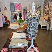 Hej på er! Här kommer lite bilder! Har ni tråkigt idag, kom förbi 😀 På vår hemsida www.agnesmode.se hittar ni alla plagg! Våra öppettider är: Mån-ons 14-18 Tors-fre 10-14 Lör 10-13 Varmt välkomna 🤗 Kram \ Astrid & Kristina 🌷🌷 #gävle #skutskär #älvkarleby #älvkarlebykommun #tierp #uppland #gävleborg #uppsala #fransa_fashion #soyaconceptsweden #soyaconcept #vila_official #chicalondon #caramellefashion #riekersweden #rieker #shoppalokalt #norrauppland #upplevnorduppland #gävlecity #gemini_smycken_