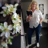 Blå/vit, vårens och sommarens favo färger 😍 En vit skjorta, som passar till allt, ska man ha i sin garderob! Denna sommarskjorta från SoyaConcept kostar 499;- och finns i stl XS-XL. På vår hemsida www.agnesmode.se hittar ni alla plagg! Våra öppettider är: Mån-ons 14-18 Tors-fre 10-14 Lör 10-13 Varmt välkomna 🤗 Kram \ Astrid & Kristina 🌷🌷 #gävle #skutskär #älvkarleby #älvkarlebykommun #tierp #uppland #gävleborg #uppsala #fransa_fashion #soyaconceptsweden #soyaconcept #vila_official #chicalondon #caramellefashion #riekersweden #rieker #shoppalokalt #norrauppland #upplevnorduppland #gävlecity #gemini_smycken_ #stockholm