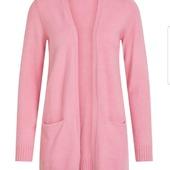 Sköna koftor från Vila (Viril open L/S knit cardigan) i rosa eller grönt.Material: 27% nylon samt 23% polyester. Finns i XS-XL. Pris 299;- 😍 På vår hemsida www.agnesmode.se hittar ni alla plagg! Våra öppettider är: Mån-ons 14-18 Tors-fre 10-14 Lör 10-13 Varmt välkomna 🤗 Kram \ Astrid & Kristina 🌷🌷 #gävle #skutskär #älvkarleby #älvkarlebykommun #tierp #uppland #gävleborg #uppsala #fransa_fashion #soyaconceptsweden #soyaconcept #vila_official #chicalondon #caramellefashion #riekersweden #rieker #shoppalokalt #norrauppland #upplevnorduppland #gävlecity #gemini_smycken_